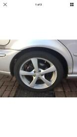 "17 "" alloys and tyrs ,ford / jag / peugeot"