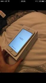 Gold iPhone 6 in vgc boxed on EE