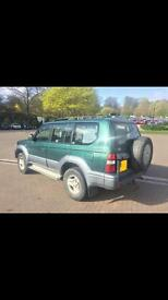 Toyota Landcruiser Colorado VX, 8 Seater, Automatic, 1 owner new, Top Spec.