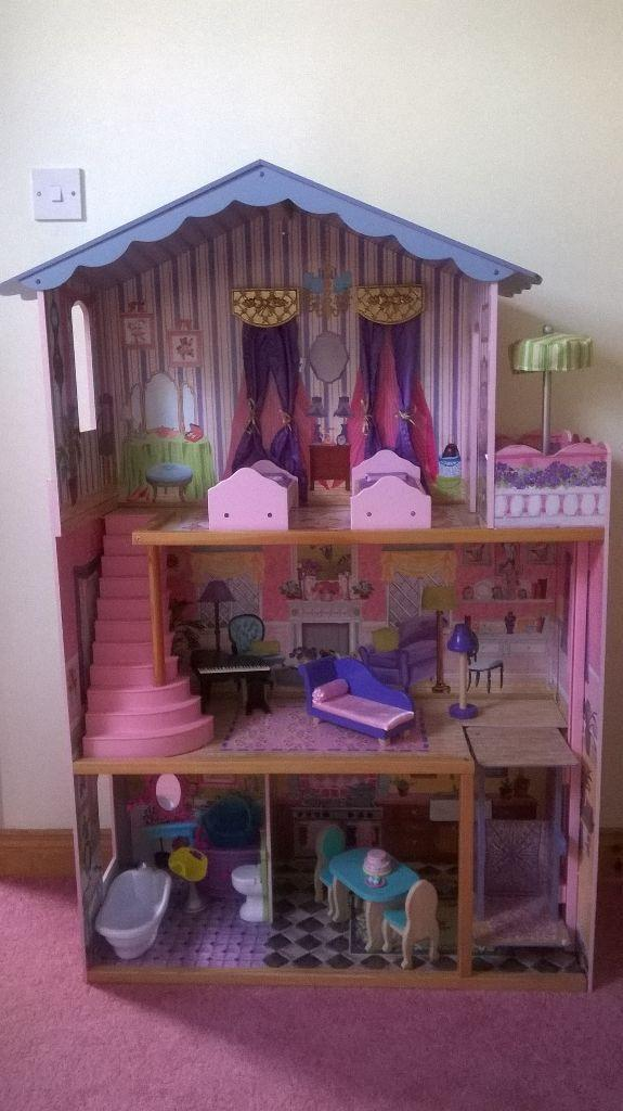 other baby stuff london dolls house