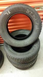 (167) Pneus d'Hiver - Winter Tires 215-65-17 Uniroyal 6-7/32