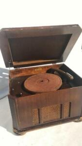 Vintage 1950 Cabinet RECORD PLAYER Made by D. APPLBY & CO Model A  RECO PLAY  Machine in Canada  Long Branch ONT