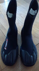 Wetsuit Boots 5mm Neoprene size 8