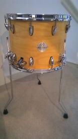 Reverie Custom Snare, also works as Floor tom. 14x14