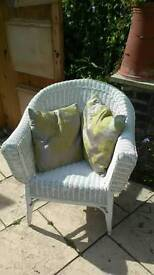 Vintage rathan wicker lloyd look style chair