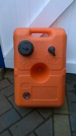 Hulk fuel tank 22ltr excellent condition