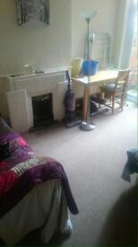 Double room for rent £400 a month.