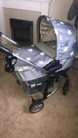 Billie faiers travel system