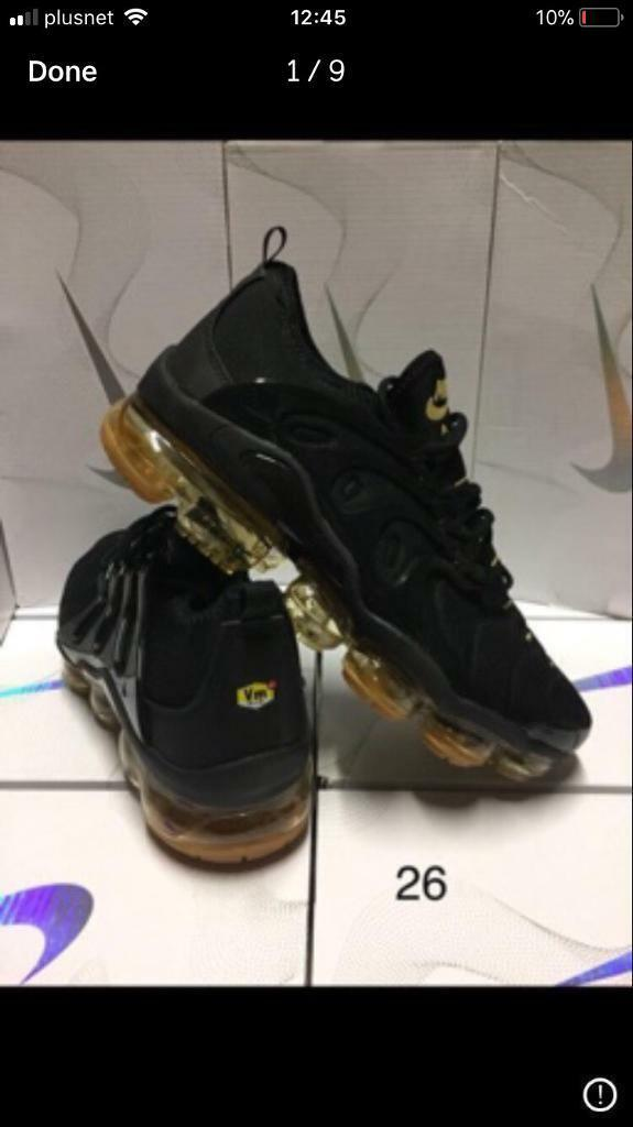 5f9bc3fbc9733 Nike vapormax Plus Trainers vms tns Black on gold New In Box reduced