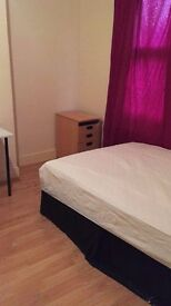 ** Large double room available in Upton Park, all bills inclusive **