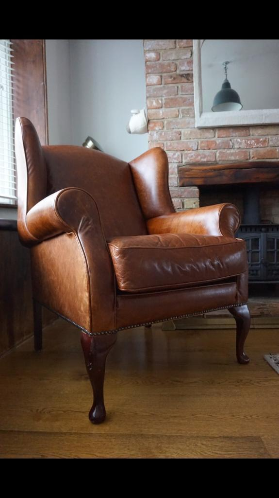 Laura ashley Denbigh character leather armchair beautiful crackled leather