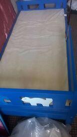 cat & dog motif blue toddler bed and mattress