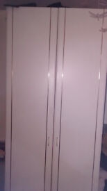 7FT TALL LARGE WARDROBE, VERY RESONABLE CONDITION