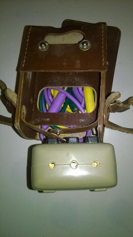 Strommessgerät-antik-mit ledertasche und zubehör--sammlerstück-- in Niedersachsen - Garbsen