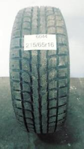 PNEU HIVER USAGÉ / USED WINTER TIRE 215/65R16 21565R16 FULLRUN WIN 88 (1 SEUL DE DISPONIBLE)