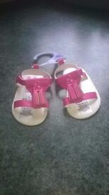 **NEW** Pink Sandals with Tassles 0-6m