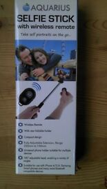 Brand new Aquarius Selfie Stick with Wireless Bluetooth Trigger Remote only £5