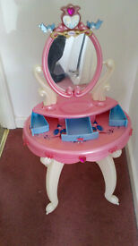 Excellent condition pink Musical Disney Princess toy dressing table with mirror, 3 drawers & stool.