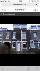House to let - 11 Archibald Street BD7 1LR