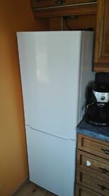 Fridge freezer currys 160 cm