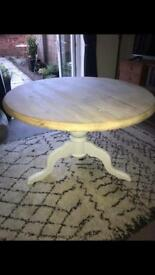 Solid oak dining table off white