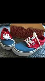 Size 2 vans children/youth shoes