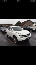 White Nissan Juke acenta sport 1.6 16v