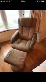 Reclining massage chair and stool vintage style