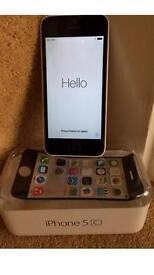 Apple iPhone 5c White 8GB Unlocked in Box in Excellent Condition