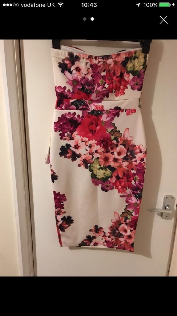 Floral strapless bodycon dress