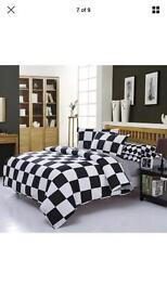 Chequered duvey cover