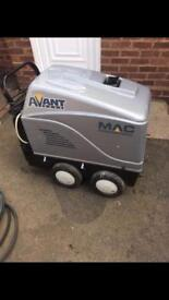 Hot/cold pressure washer