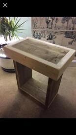 Bedside/side tables