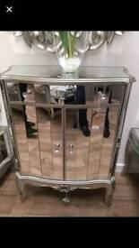 Fabulous Mirrored Cabinet Brand New