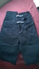 2 Pairs of Black Levi's, Demi Curve, Mid Rise, Slim, 6/28 waist, 34 leg - £25 ono
