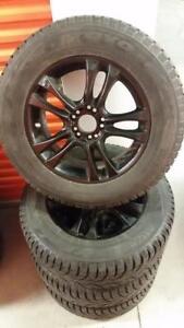 (H61) Pneus Hiver - Winter Tires 235-65-17 Toyo 10-11/32