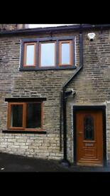 Stunning stone 2 bedroomed cottage in Northowram village