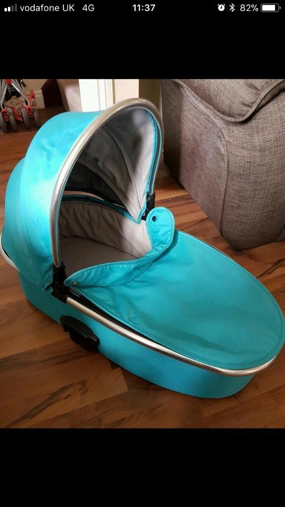 Oyster max carry cot pushchair attachment