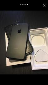 iPhone 7 32gb mint warranty Mar18 black