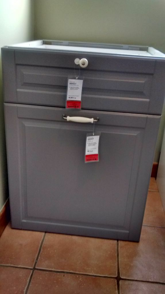 ikea kitchen bodbyn base cabinet with 3 drawers 1 internal 2 grey drawer fronts in. Black Bedroom Furniture Sets. Home Design Ideas