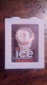 Stone white Sili Ice Watch