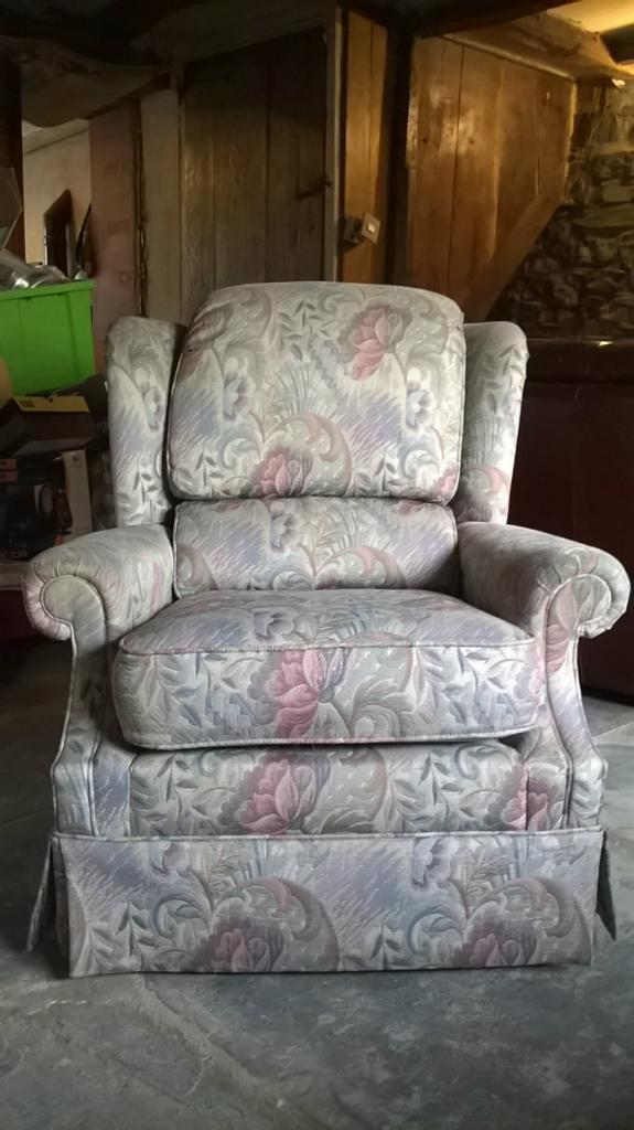 G Plan Cheyney Court 3 Piece Suite Purchase Sale And