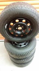 (15) Pneus d'Hiver - Winter Tires 225-65-17 Continental 7/32
