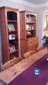 PINE BOOK CASE / DISPLAY UNIT 22inch IN GOOD CONDITION