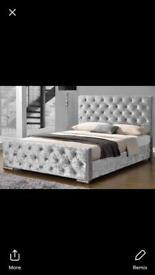 King Size Diamanté Grey Square Chesterfield bed