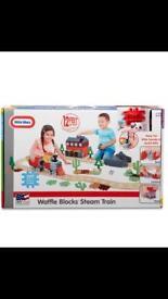 Little tykes - waffle blocks steam train