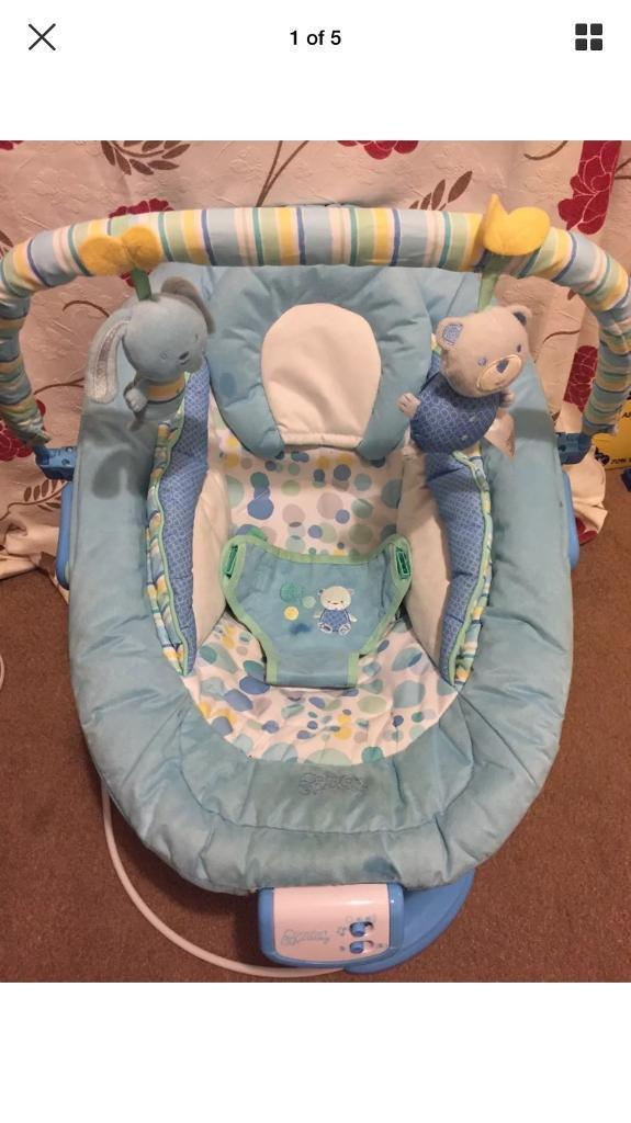 Comfort and Harmony bouncer chair