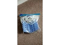Mini travel washing line and pegs