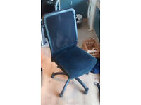 used computer chair bargain FREE TO COLLECTOR