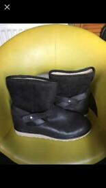Brand new ladies ugg boots 7.5
